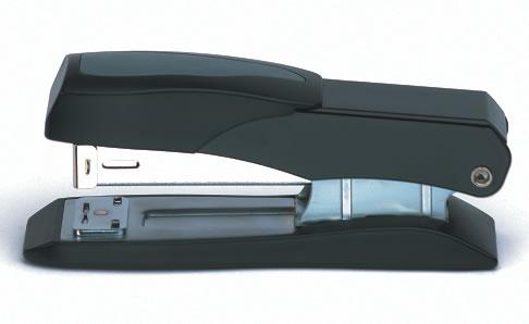s_stapler_90120.jpg